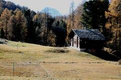 Casa di legno della montagna Fotografia Stock