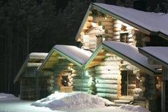 Casa di legno evidenziata fotografie stock