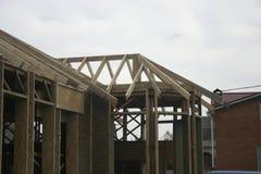 Casa di legno fatta di paglia Fotografie Stock Libere da Diritti