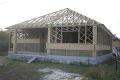 Casa di legno fatta di paglia Fotografia Stock