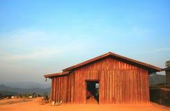 Casa di legno in natura Fotografie Stock Libere da Diritti