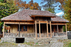 Casa di legno rurale fotografie stock