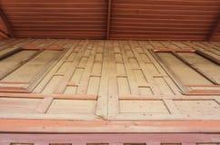 Casa di legno tradizionale di stile tailandese del fondo Immagine Stock