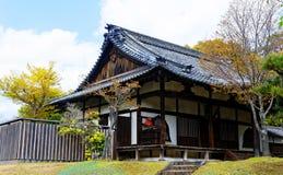 Casa di legno tradizionale, Giappone Fotografie Stock