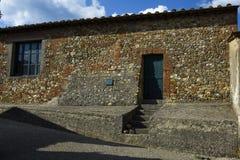 Casa di pietra molto vecchia della costruzione, Europa fotografie stock libere da diritti