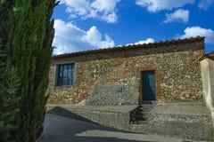 Casa di pietra molto vecchia della costruzione, Europa immagini stock libere da diritti