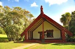 Casa di riunione maori decorata Fotografia Stock