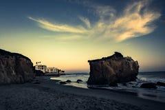 casa di sogno dalla spiaggia Fotografie Stock Libere da Diritti