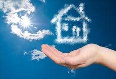 Casa di sogno nelle nubi Fotografia Stock Libera da Diritti