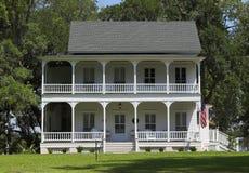 Casa di stile della piantagione immagine stock