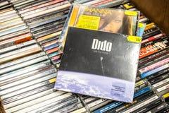Casa 2008 di viaggio sicuro dell'album del CD di Didone su esposizione da vendere, il cantante inglese famoso ed il cantautore fotografia stock