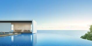 Casa di vista del mare con lo stagno nella progettazione moderna, villa di lusso Immagine Stock Libera da Diritti