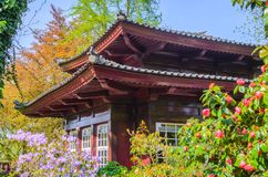 Casa do estilo japonês, tempo de mola imagens de stock