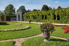 Casa do jardim perto do palácio de Schonbrunn em Viena Foto de Stock