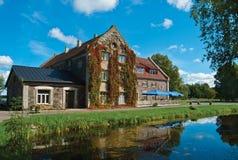 A casa do lago Imagem de Stock
