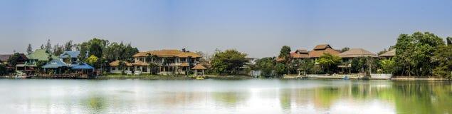 Casa do lago Fotos de Stock
