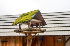 Casa do pássaro para viver fotografia de stock