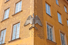 Casa do pelicano na cidade velha de Varsóvia, Polônia Fotos de Stock Royalty Free