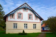 A casa do pescador em Nida, Lituânia fotografia de stock royalty free