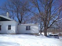 Casa do século XVIII da exploração agrícola em Cincinnati Ohio no inverno fotografia de stock royalty free