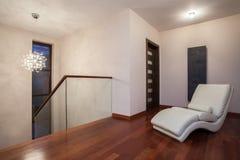 Casa do travertino - corredor luxuoso fotografia de stock royalty free