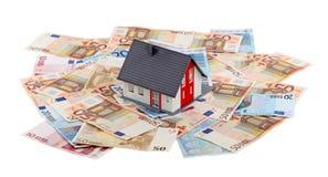 Casa e euro- cédulas Imagem de Stock Royalty Free