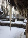 Casa e hielo viejos en Rumania Imagen de archivo