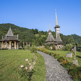 Casa e iglesia de madera Fotografía de archivo