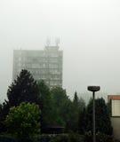 Casa e mau tempo pré-fabricados Imagem de Stock