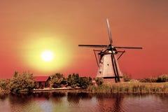 Casa e o gigante dos Países Baixos Imagens de Stock Royalty Free
