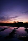 Casa e poça da exploração agrícola Foto de Stock Royalty Free