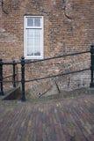 Casa e ponte velhas holandesas Fotos de Stock Royalty Free