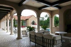 Casa e raggruppamento spagnoli di lusso di stile Immagine Stock