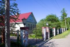 Casa en aldea foto de archivo