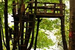 Casa en el árbol Imagen de archivo libre de regalías