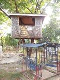 Casa en el árbol/casa de diversión Fotografía de archivo libre de regalías