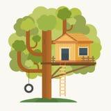 Casa en el árbol Casa en el árbol para los niños Imágenes de archivo libres de regalías