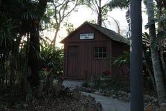 Casa en el árbol en jardín botánico en el Instituto de Tecnología de la Florida, Melbourne la Florida fotos de archivo libres de regalías