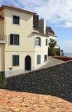 Casa en el clifftop, Camara de Lobos, Madeira, Portugal Imagenes de archivo