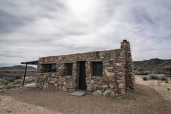 Casa en el desierto Imágenes de archivo libres de regalías