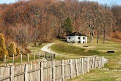 Casa en el pueblo Fotos de archivo