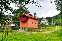 Casa en el pueblo Foto de archivo libre de regalías