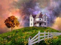 Casa en la colina Imágenes de archivo libres de regalías