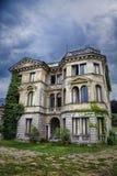 Casa en la colina frecuentada Imagen de archivo