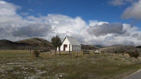 Casa en la montaña Fotos de archivo libres de regalías