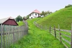 Casa en la montaña Imágenes de archivo libres de regalías
