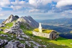 Casa en la montaña de Urkiola Imágenes de archivo libres de regalías