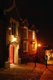 Casa en la noche Fotos de archivo