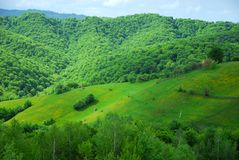 Casa en las colinas hermosas imágenes de archivo libres de regalías
