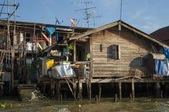 Casa en pilas, Bangkok Foto de archivo libre de regalías